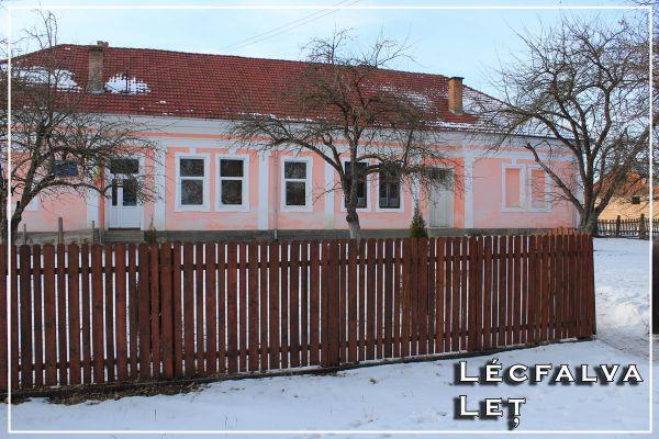 lecfalva3-resize2045086d-69ed-d4f6-f9ef-d1139c60853658F11D3D-3388-B6B0-2E63-015F934E0D89.jpg